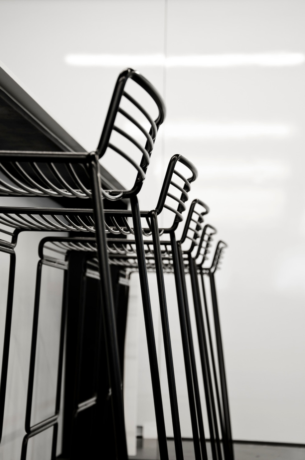 pod-office_break-out-table-02_editedjpg