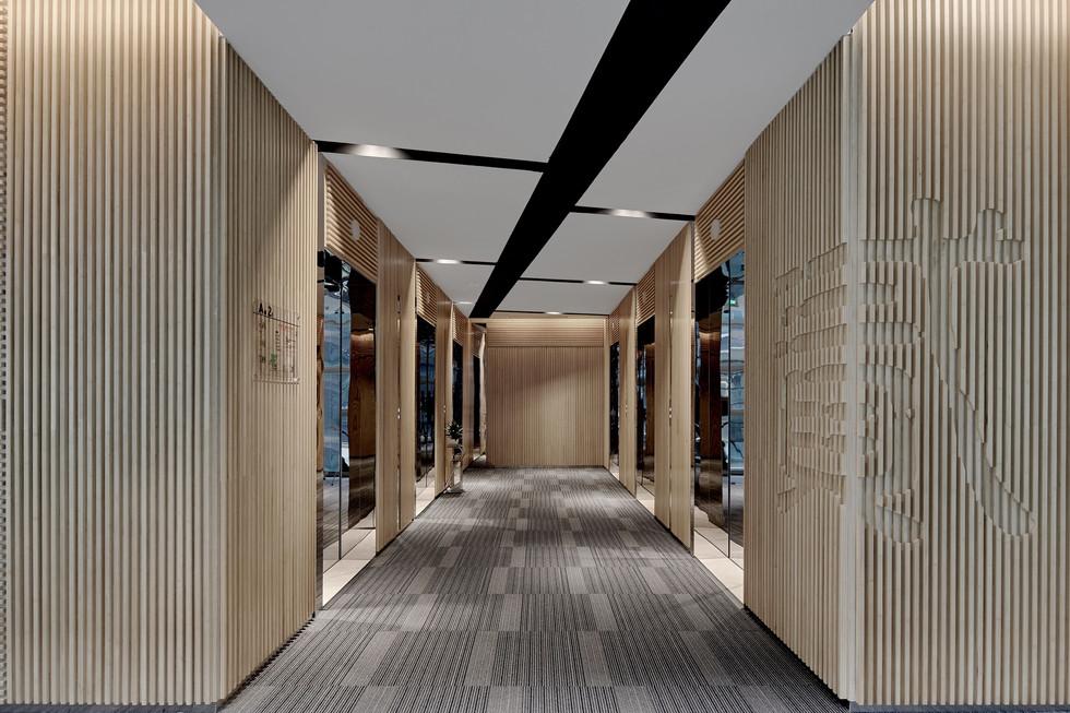 china-merchants-bank-chengdu-hq_4jpg
