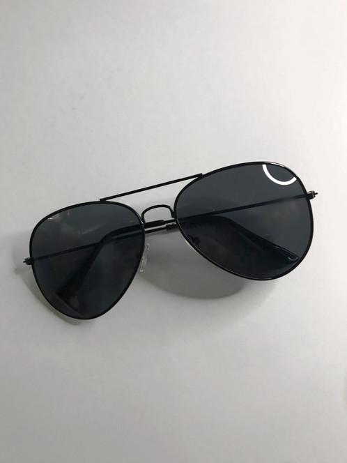 97d23c12da00 SYDNEY Black Aviator Sunglasses