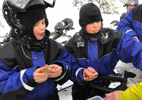 Большое Кольское кольцо: многодневная экспедиция на снегоходах по Кольскому полуострову. Старт из Мурманска. Снегоходы BRP