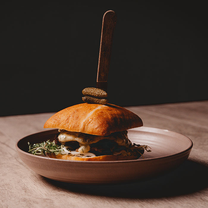 black-angus-burger-California-Native-Res