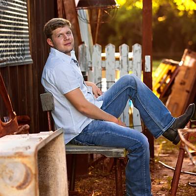 Austen Wahl Senior 18