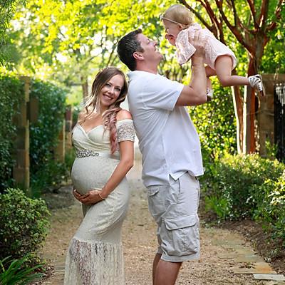 April and Jeremy Maternity