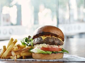 ERWIN'S Beef Burger.jpg