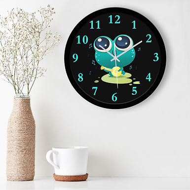 WENS Musical Frog Silent Non-Ticking Battery Operated Kids Wall Clock