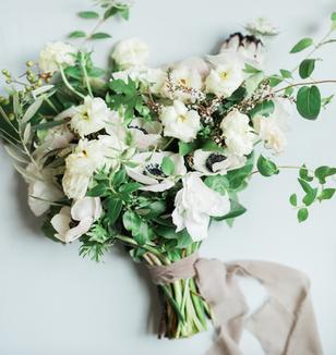Ramo de novia con anémonas