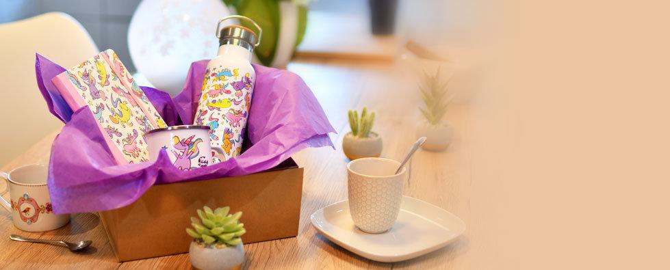 Coffrets cadeaux 2 ou 3 articles motif cartoon Tootoons dans une boîte en carton recyclé