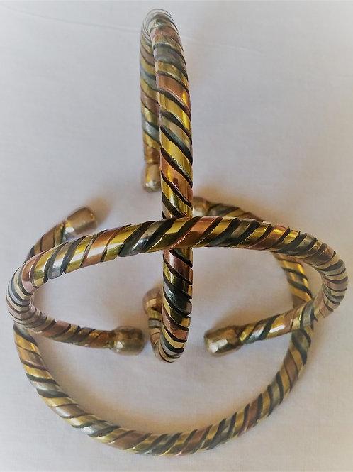 bracelet trois couleur porte bonheur