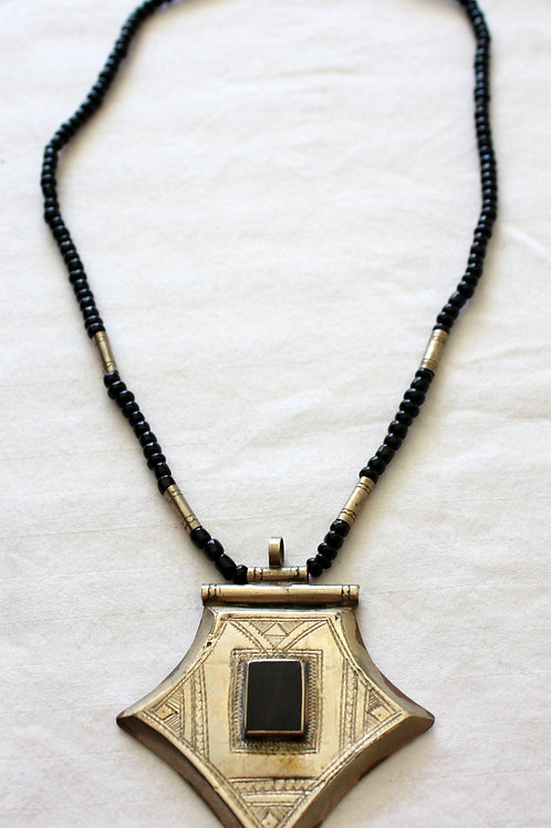 #7066 - Collier argent et ébène (perle) + gravures