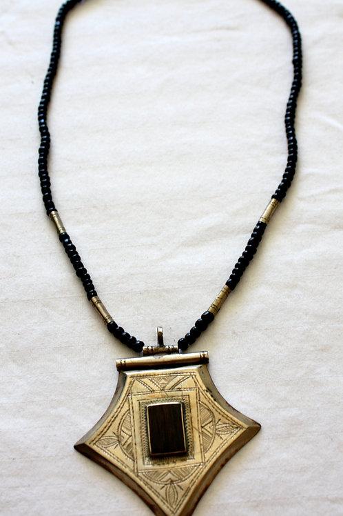 #7067 - Collier argent et ébène (perle) + gravures