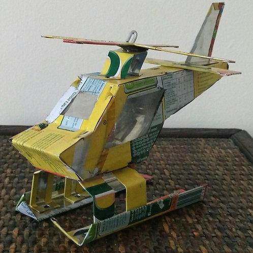 Hélicoptère recyclé