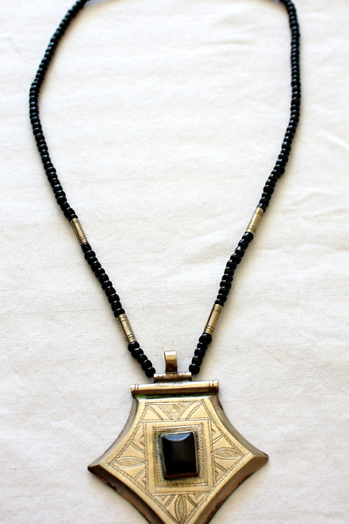 #7068 - Collier argent et ébène (perle) + gravures