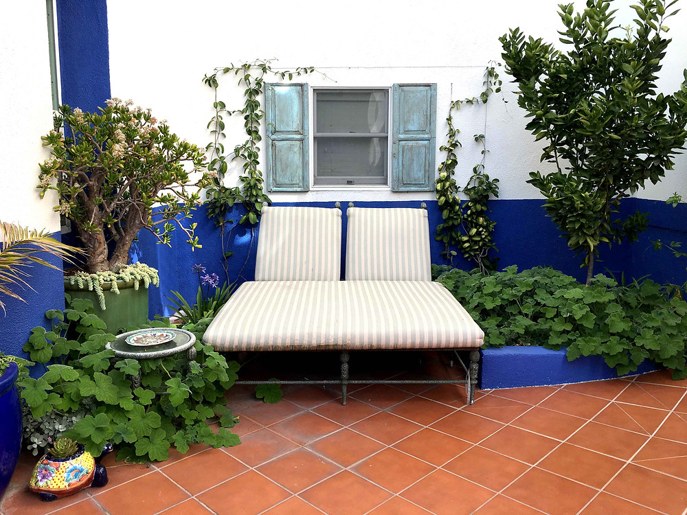before and after, landscape design, los angeles, drought tolerant, outdoor furniture