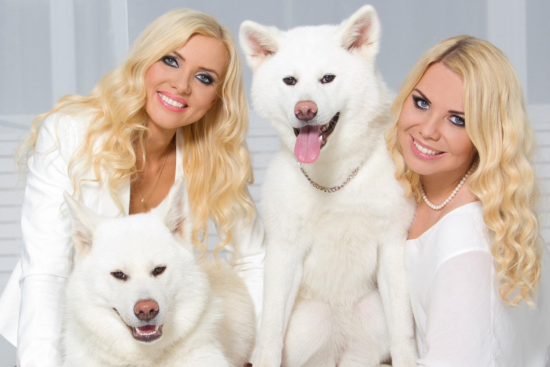 Blondies In White