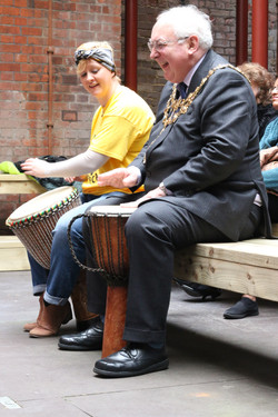 Mayor & Daria drum courtyard1