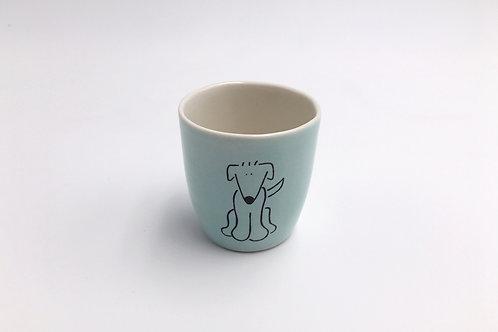 Kleine Tasse I Hund
