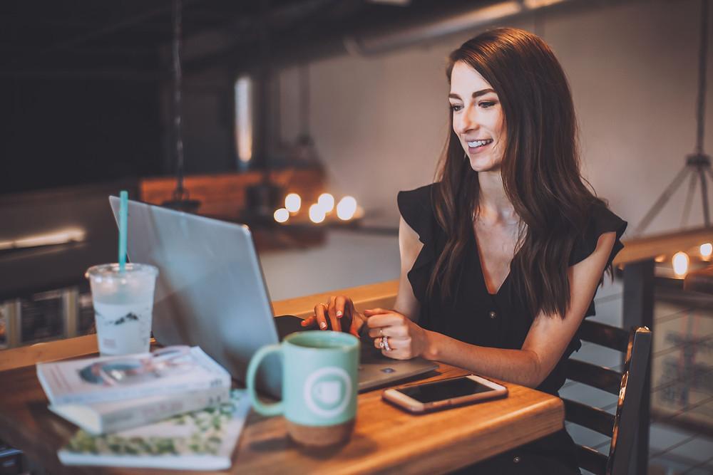 One women using a laptop