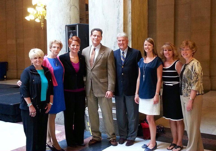 IDHA Members at the Statehouse with Representative Dave Frizzell