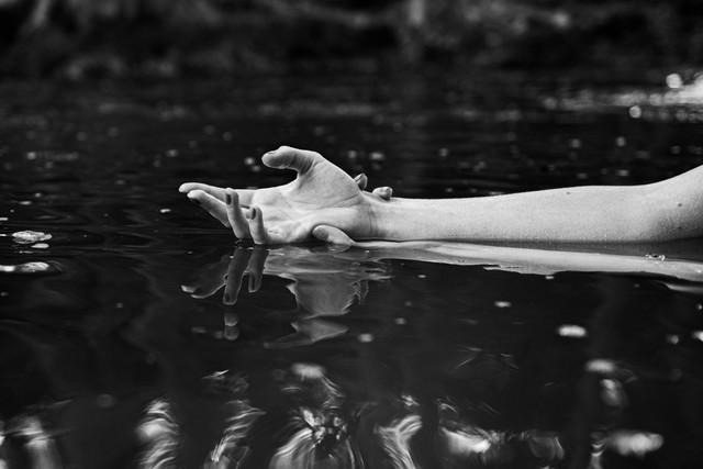 Mains et bras - Julia Guérin