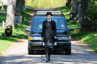 Choosing the right funeral director for you