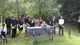 Holly's Funerals outdoor woodland funeral