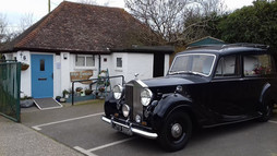 Holly's Funerals, Rolls Royce Hearse