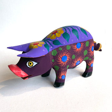 OAXACAN PIG CARVING