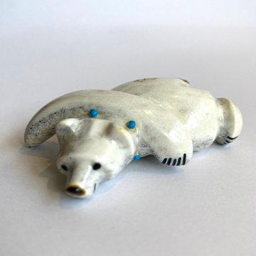POLAR BEAR FETISH (C. PEINA)