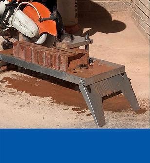cutting bricks using a disc cutter