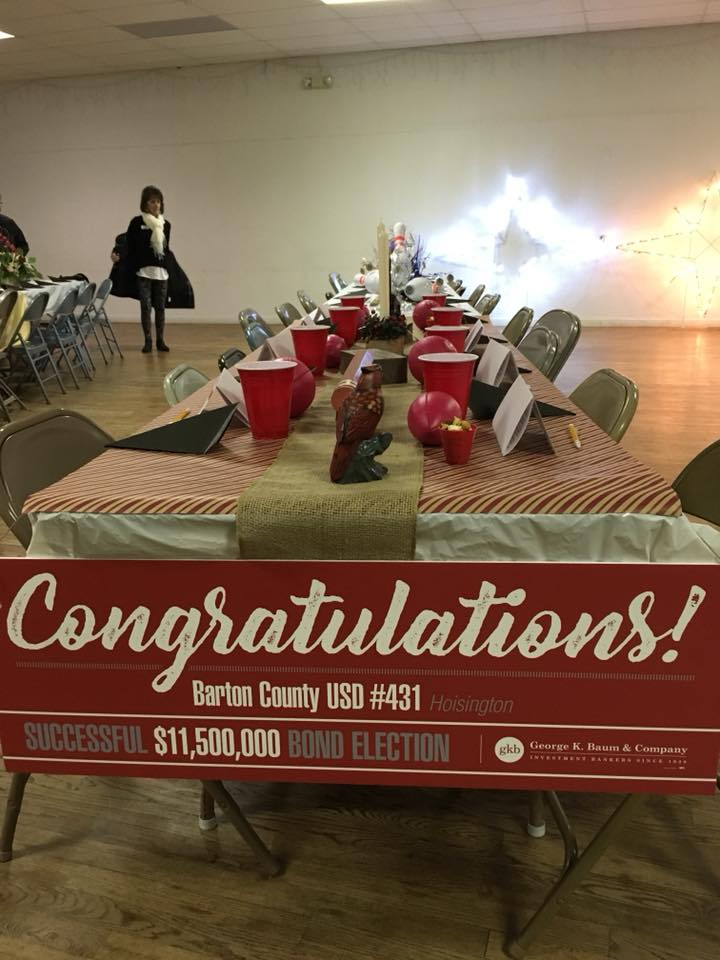 USD431 Table Centerpiece