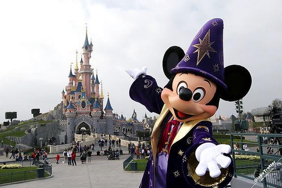 Disneyland-Park-Disneyland-Paris.jpg