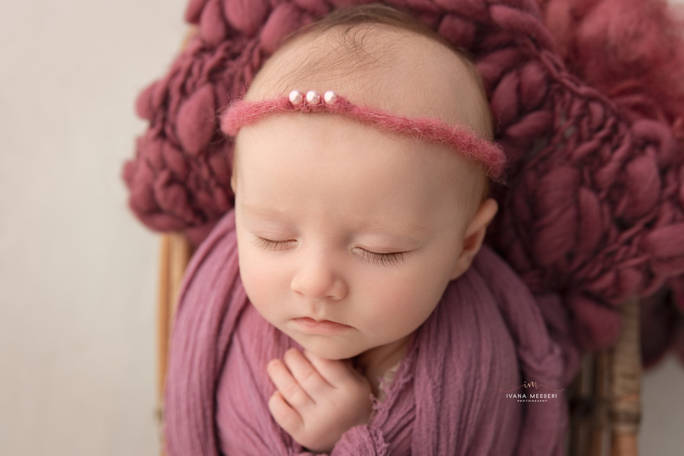 Sofinka_newborn-5689-Edit kopie.jpg