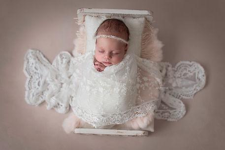 Anicka_spiegelova_newborn-102-Modifica c