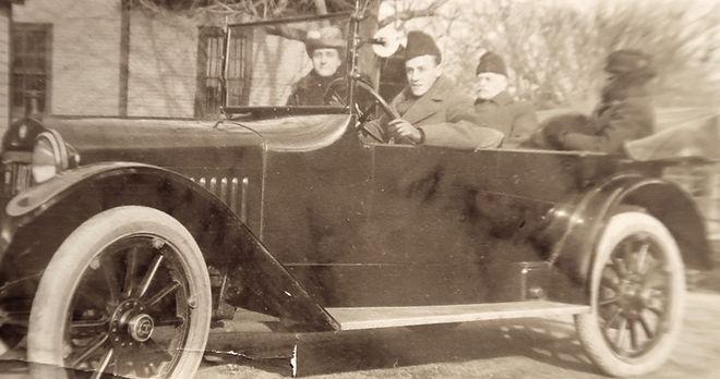 1920_ CarrieSid+2.jpg