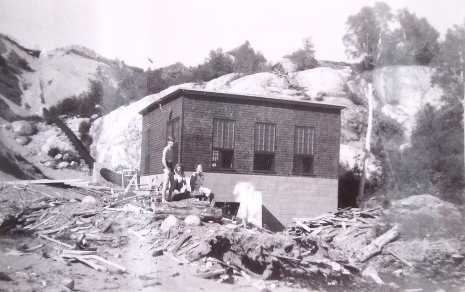 1930'sDunesPowerhouse.jpg
