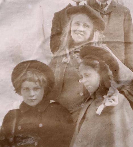 1900 GertrudeBillyDoro.jpg