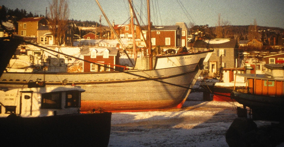 V1965 DrydockWinter.jpg