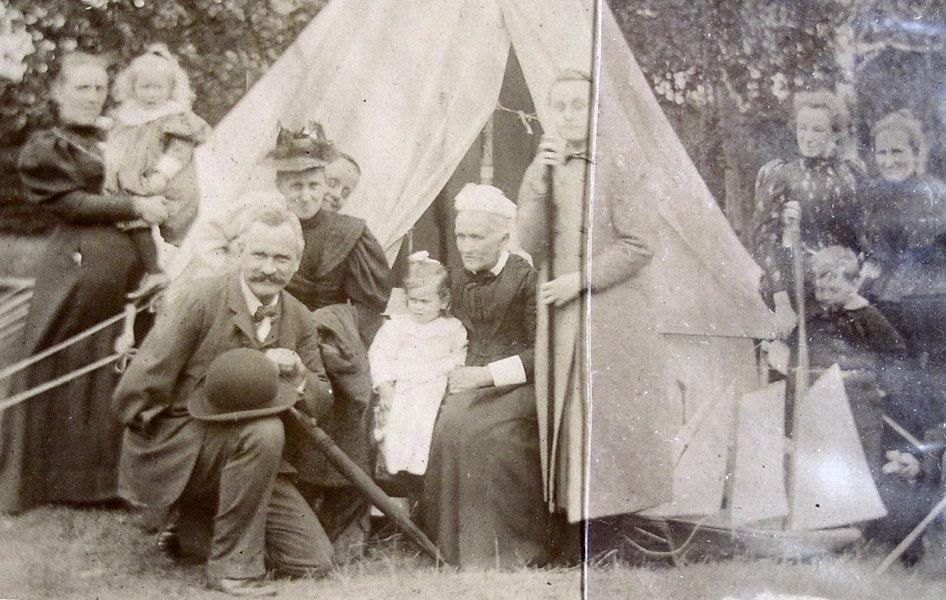 1892 RhodesGroup.jpg