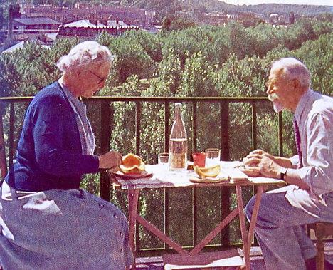 1950 Catherine&PTH.jpg