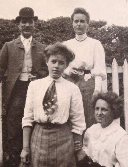 1907____MaryCarrieNancy (1).jpg