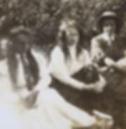 1905_ NancyCatherineHarriet.jpg