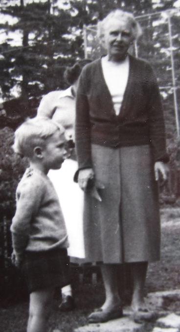 1955 MaryW.jpg