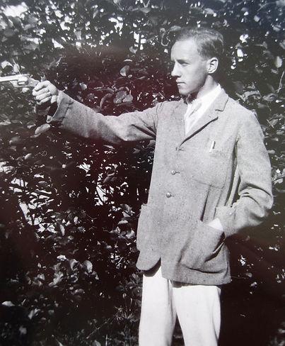 1917 SidGun.jpg