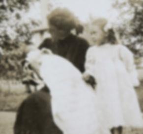 1909 PeterDoroMon.jpg