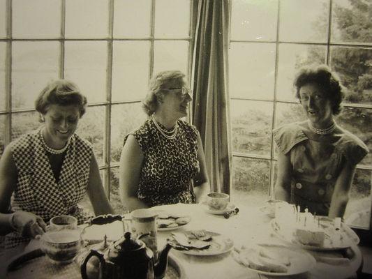 1961 GrannyBday4.jpg