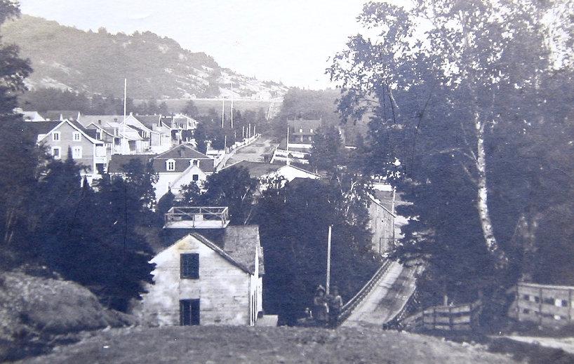 1901MainStfromwest.JPG.jpg