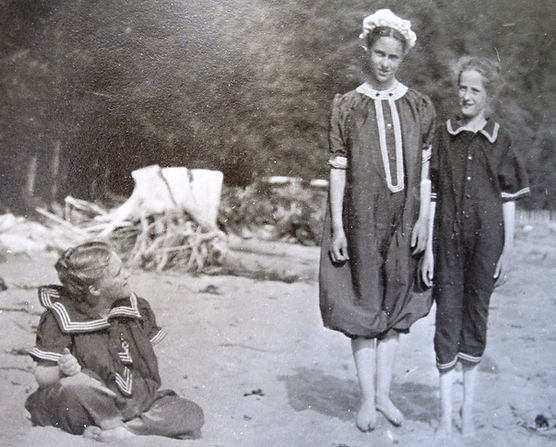 1902 BillyDoroFriend.jpg