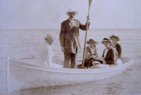 1917 NanLennLilyFrancesMay_WhiteBoat.jpg