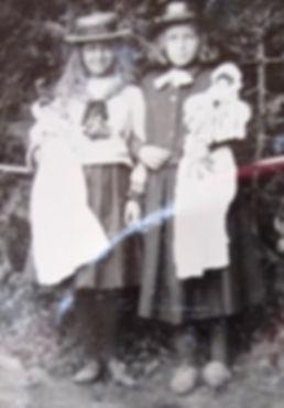 1899 NancyMary.jpg