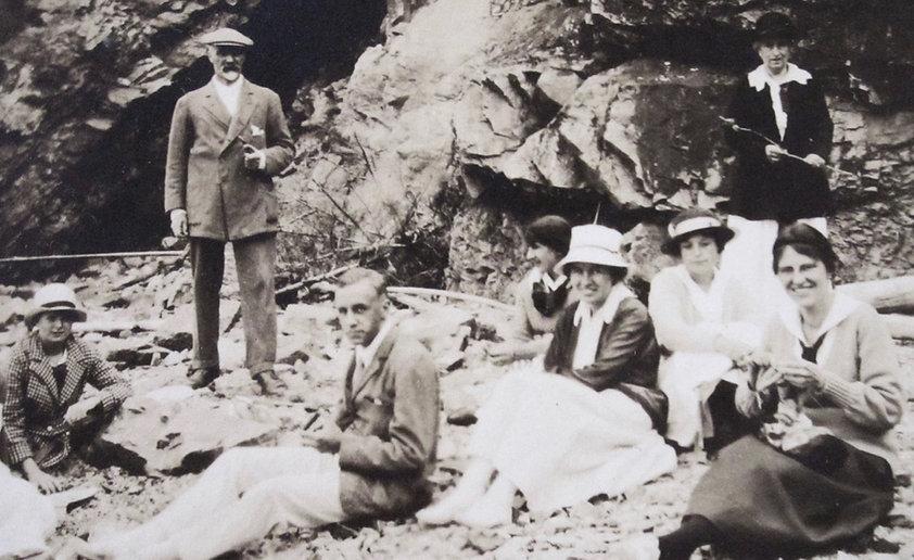 1917 WillaLennSidAdeleMay_NanLilyBellStC